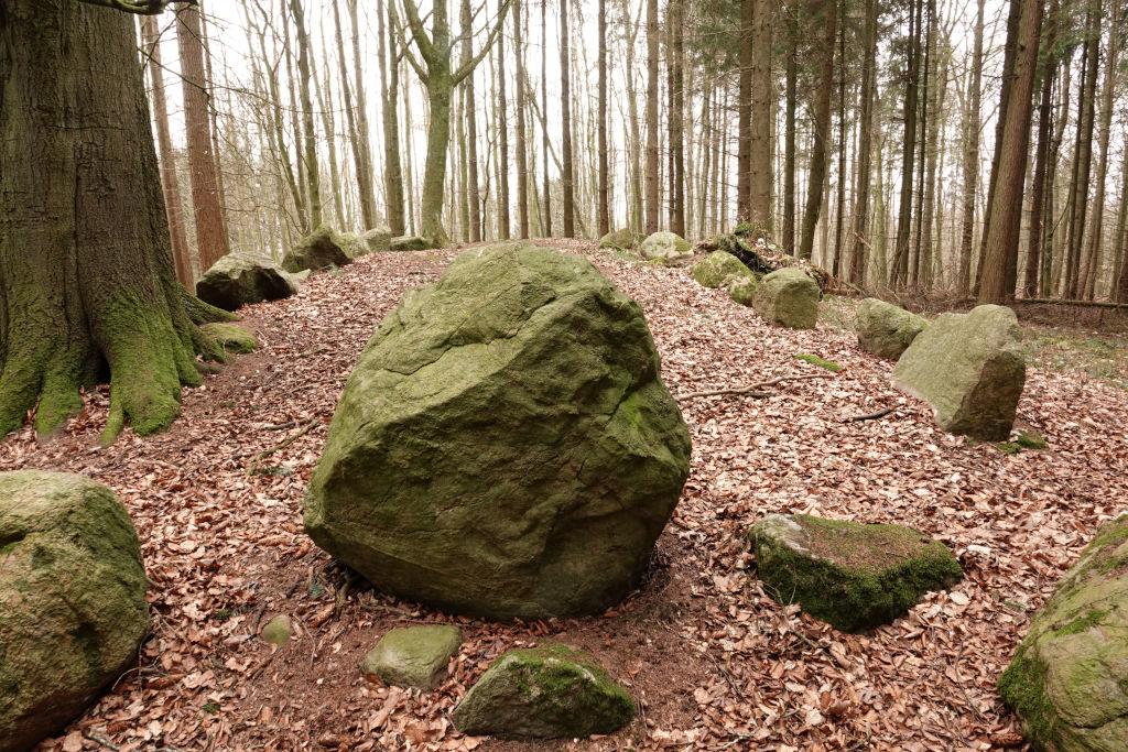 Megalithgrab aus Findlingen bei Lütjenburg